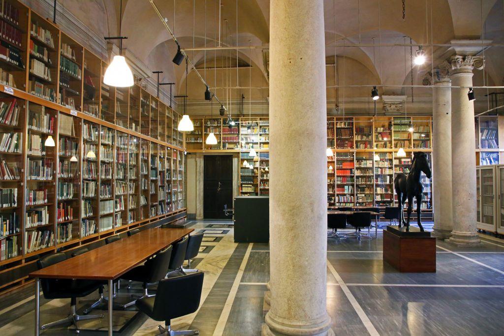 Riapre la Biblioteca dell'Accademia di Carrara